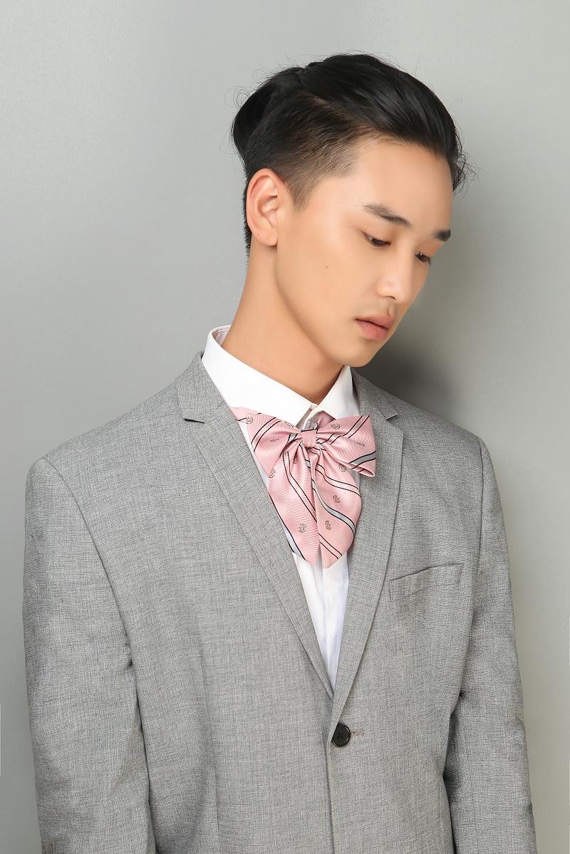 王潇威,设计师